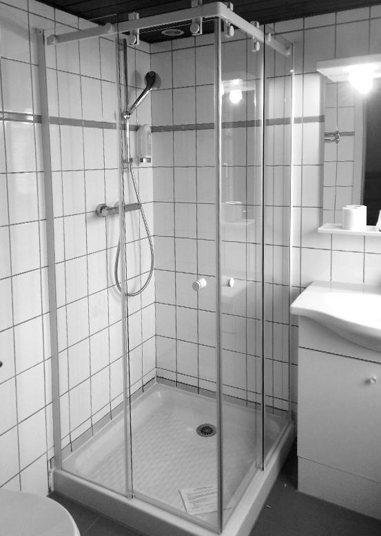 Cabine de douche en angle