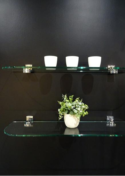 Les étagères en verre