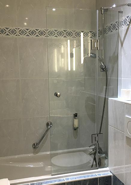 Badou sur baignoire sur mesure